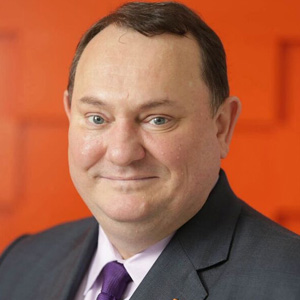 Andrew Davies, VP-Global Market Strategy, Financial Risk Management, Fiserv